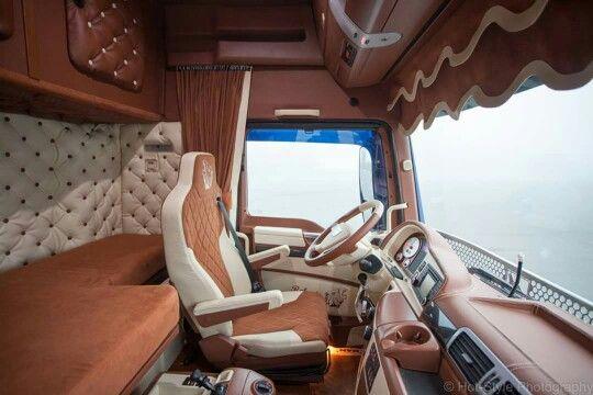 Les 41 meilleures images du tableau cabine camion sur for Interieur western star
