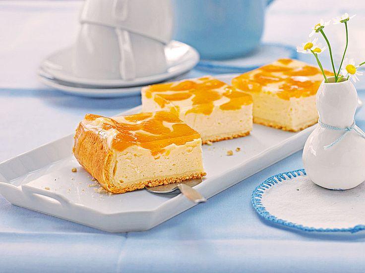 Käsekuchen mit Mandarinchen auf Mürbeteigboden :) :) Ø 4,7. - http://www.chefkoch.de/rezepte/740661176726274/Kaesekuchen-mit-Mandarinchen.html