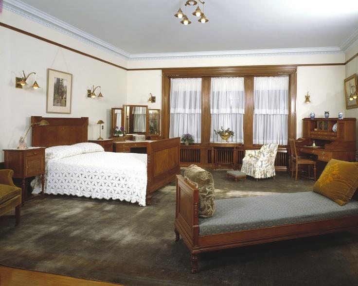 The Master Bedroom At Glensheen Mansion