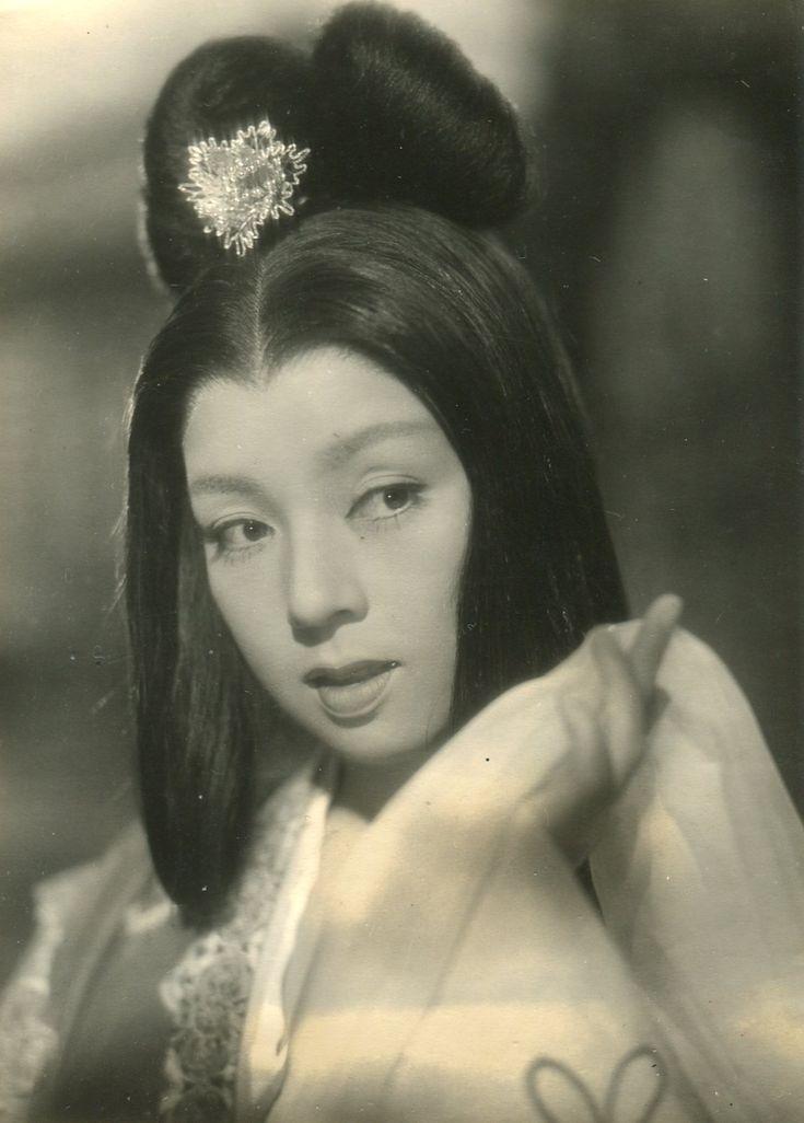 Kyo Machiko (京マチ子) 1924-, Japanese Actress