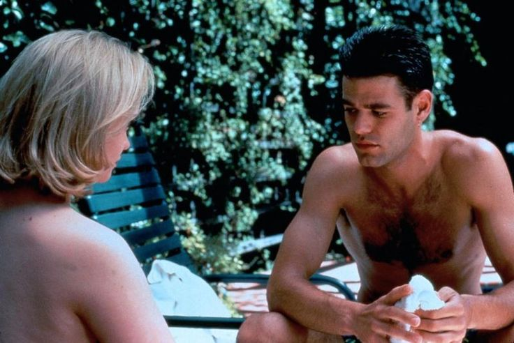 Essential Gay Themed Films To Watch, The Opposite of Sex http://gay-themed-films.com/watch-the-opposite-of-sex/