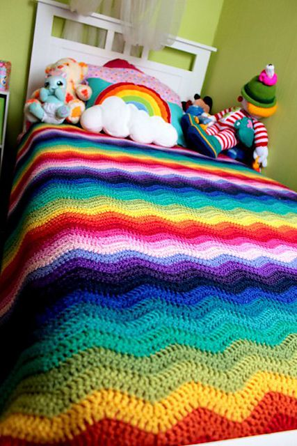 Wonderful rainbow bedroom, crochet blanket and handmade bunting