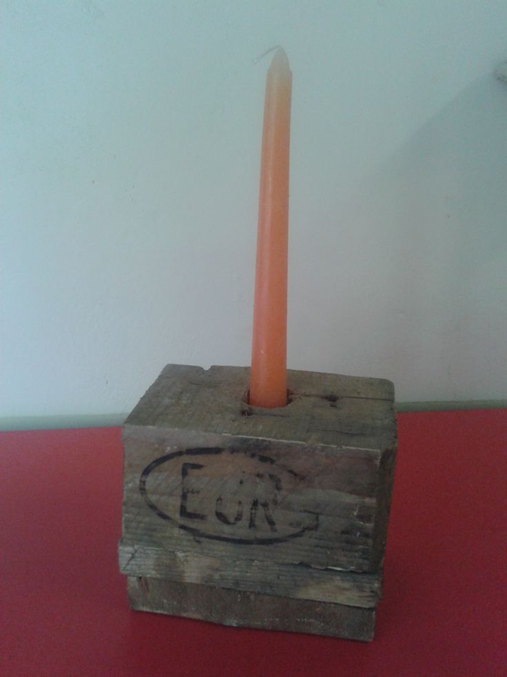 porta candele reato da legno di riciclo
