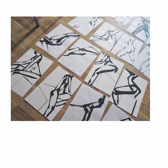 Seeking. #drawing #body #blackandwhite #artwork