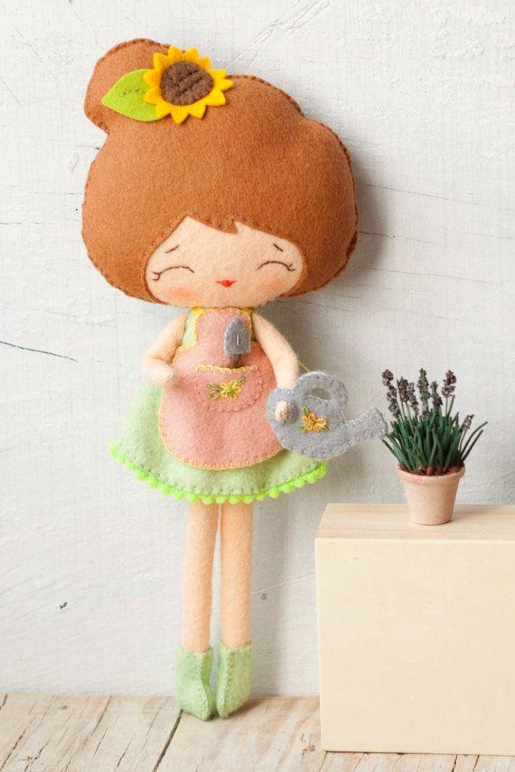 PDF pattern. Florist doll. Plush Doll Pattern Softie by Noialand