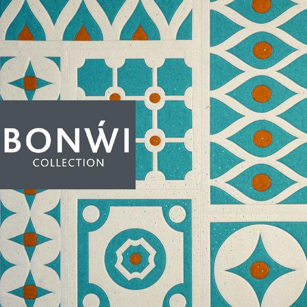 Teppich aus 100% Wollfilz im Patchwork-Stil mit über 500 Swarovski Kristallen in der Farbe Light Turquoise.