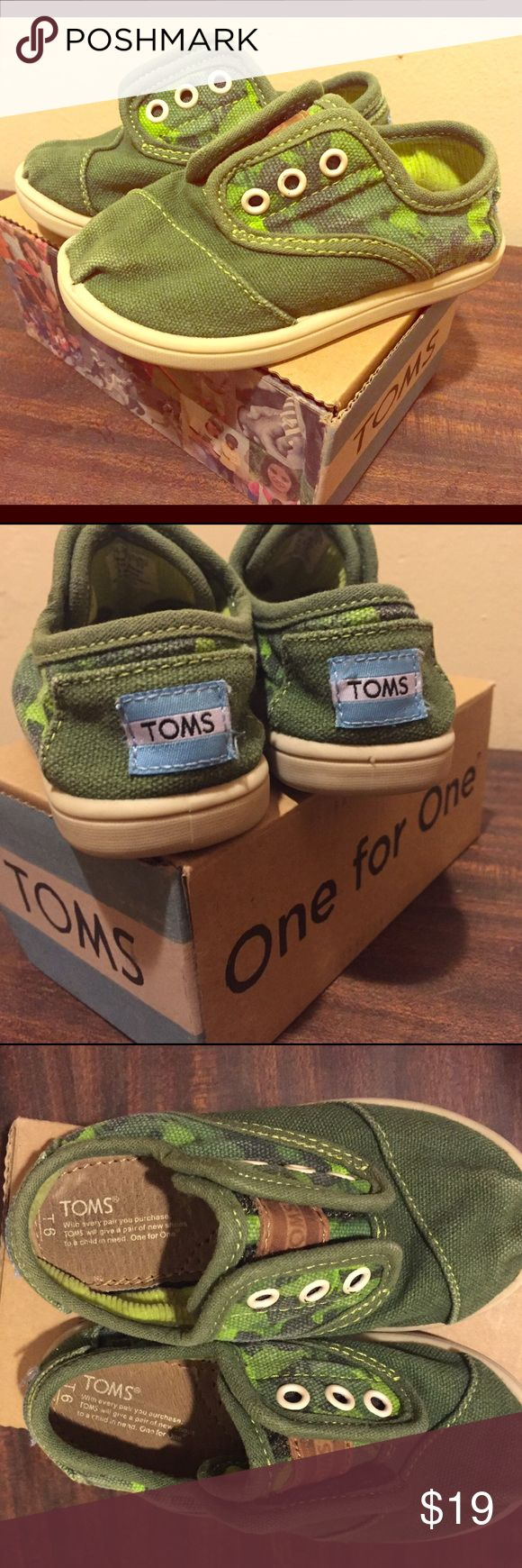 TOMS camo green toddlers shoes size 6 In good used condition, green camo. Cute toddler size 6. Has Velcro closure on top. Comes with box. Toms Shoes