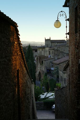 Medieval Alley, Cartaldo Alto    A typycal alleyway Certaldo, Tuscany - Italy