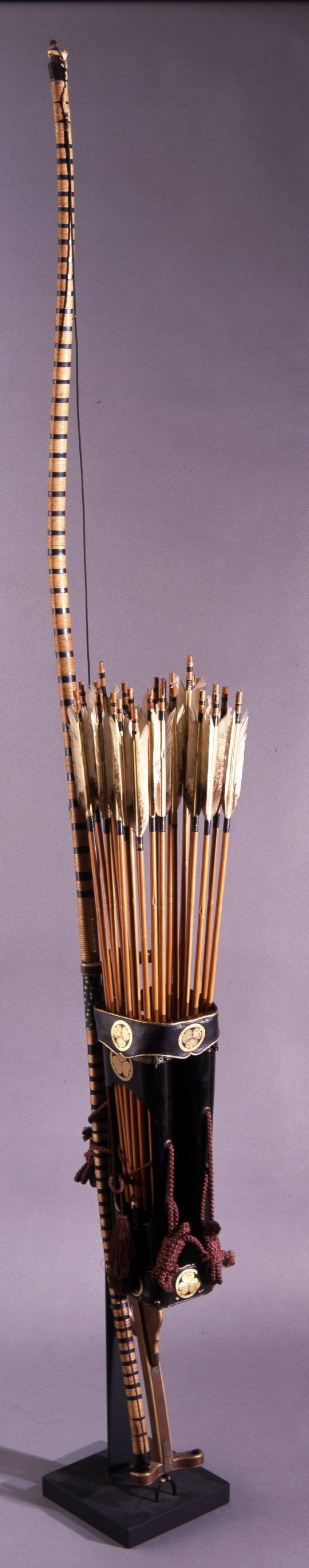 Edo Archery: 19th century archery set, one bow missing.