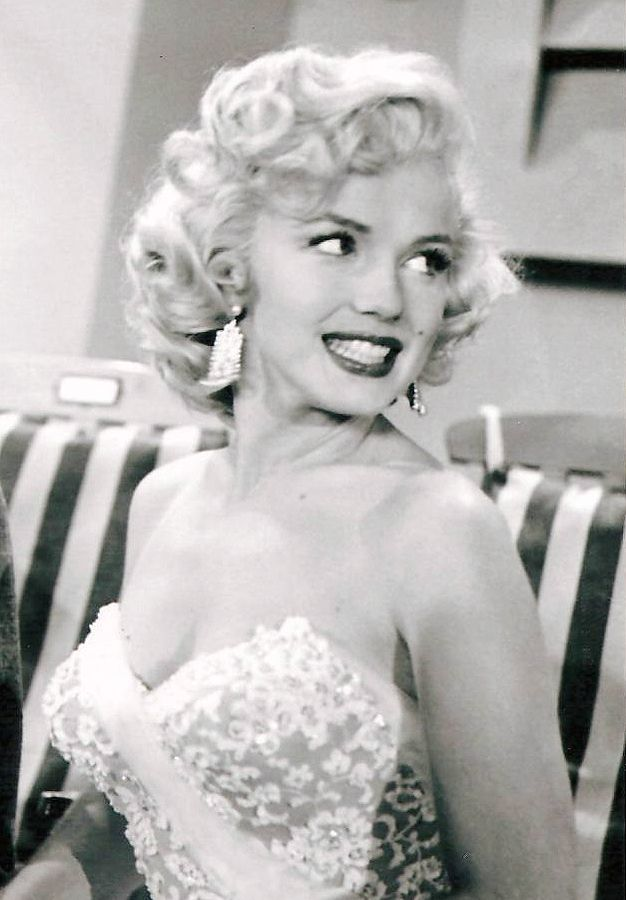 Marilyn Monroe on The Jack Benny Show, 1953.