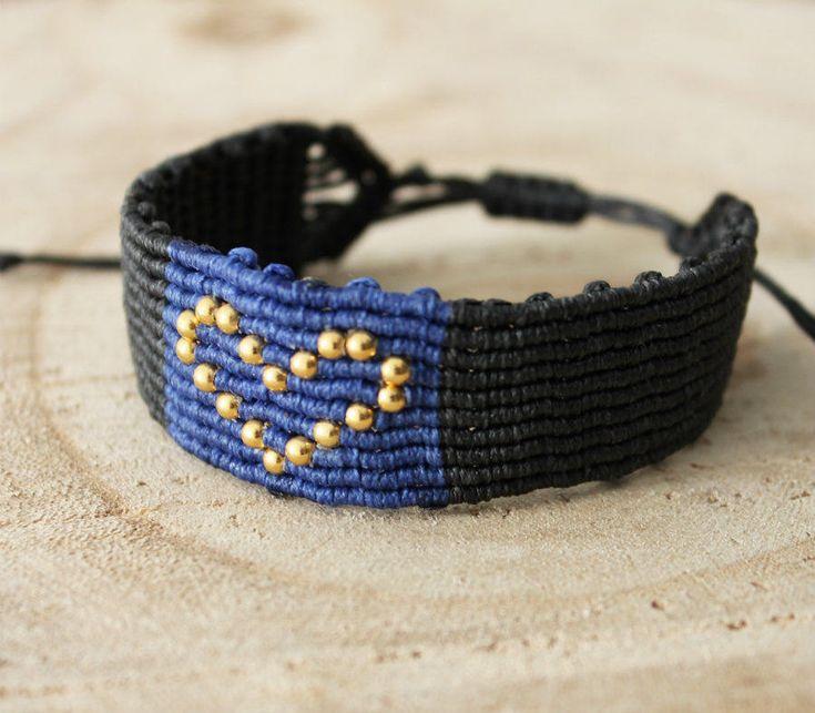 Macrame heart bracelet by MyCraftYourArt