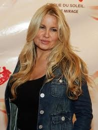 Jennifer Coolidge: NEVER fails to steal every scene she is in. A great character actor!