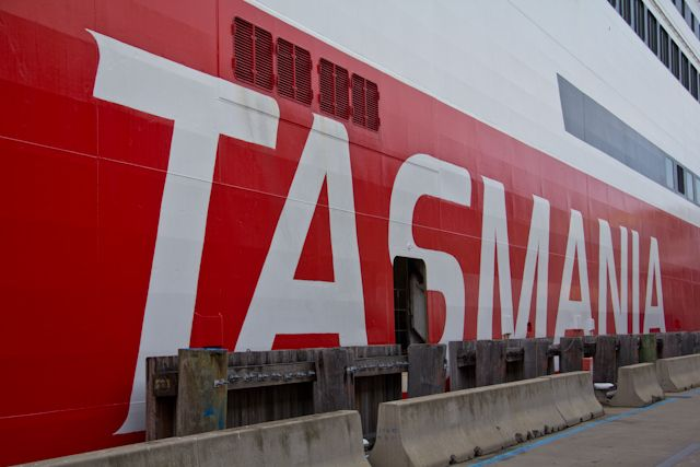 Top ten things to do in Tasmania according to bloggers Swiss Nomads.