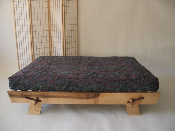 A plush solid wood construction and Craftsman features make it a pleasure to build This futon plan lets