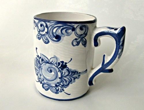 Vintage hand painted blue floral / white Vestal mug. Portugal. & 13 best Portugal Pottery images on Pinterest | Portugal Dishes and ...