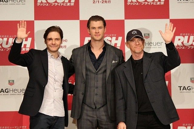 クリス・ヘムズワース&ダニエル・ブリュール来日!F1の魅力を熱弁 : 映画ニュース - 映画.com