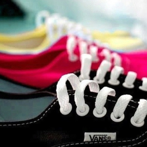 Vans schoenen blijven mijn favoriet omdat het tocht echt de schoenen zijn om lekker mee te flaneren, wat jullie?