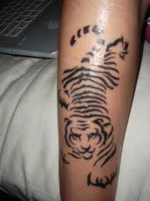 best 25 tiger stripe tattoo ideas on pinterest arm tattoos to cover scars tiger claw tattoo. Black Bedroom Furniture Sets. Home Design Ideas