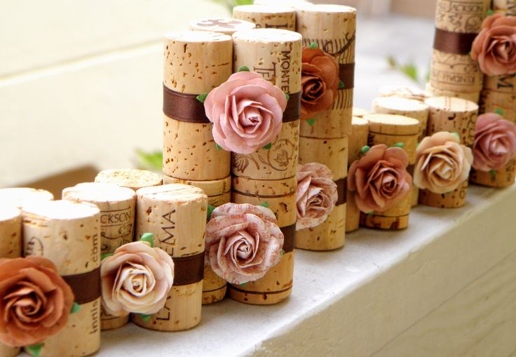 Chocolate Latte Place Card Holders - Vineyard Collection, Set of 10, Repurposed Wine Corks for Wedding Reception. $30.00, via Etsy.