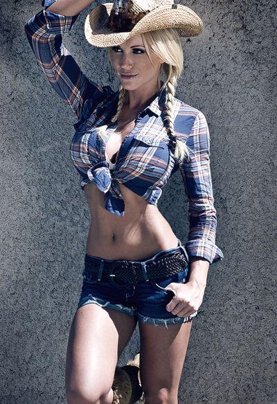 Source: hot-blonde-babe.blogspot.com                                                                                                                                                      Más