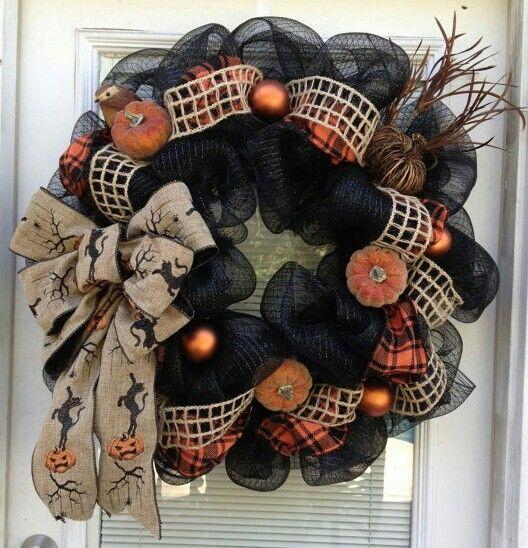 Halloween wreath in blacks and oranges