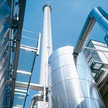 2002 - Das RITTER SPORT Blockheizkraftwerk geht ans Netz und erzeugt ca. 30 % des Strom für das Unternehmen