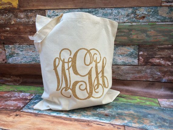 We're loving this for Bridesmaid Gifts. Monogrammed Tote Bag, Monogrammed Bridesmaid Gifts, Glitter Monogram Bag, Monogrammed Bag