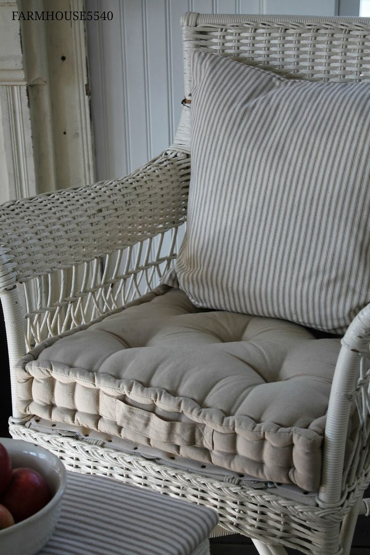 wicker chair with box cushion