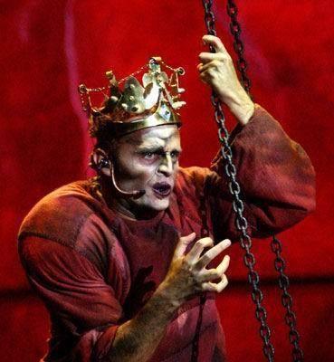 Giò di Tonno as Quasimodo - italian production