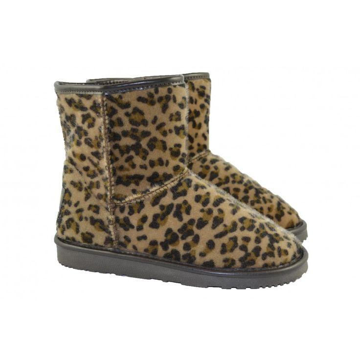 #Botas australianas bajas con caña de 16cm de altura. Fabricadas con materiales de pelo suave y corte de leopardo. Con suelas de goma x-light de la marca BREAK&WALK