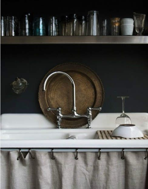 I am obsessed with vintage utility sinks and cannot wait to put one in my house!!! This is from pink wallpaper blog