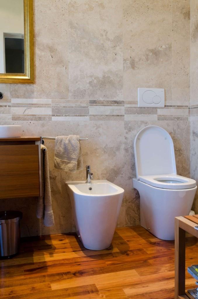 Pavimento per bagno in Legno