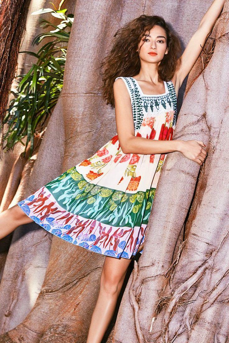 Catálogo de moda mujer Desigual Jungle   Desigual.com