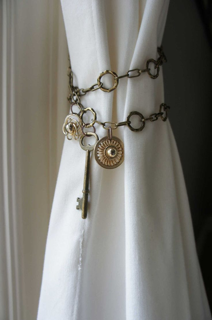Curtain tie backs ideas - Curtain Tieback Antique Brass Chain Skeleton Key Shabby Chic Boho Unique Style Home Etsy Coupon Curtain Tiebacks Ideascurtain Tie Backsantique