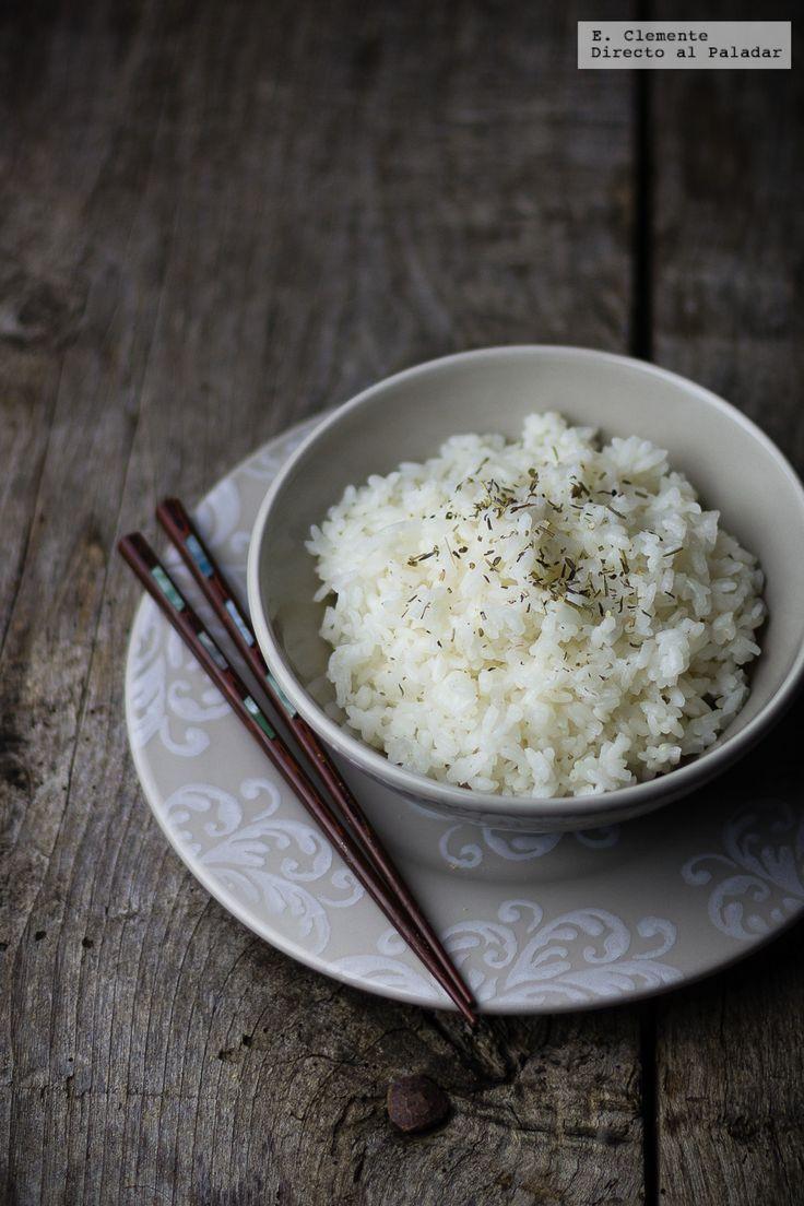 Te explicamos paso a paso y de manera sencilla como hacer esta receta de arroz en blanco al microondas. Ingredientes, tiempo de preparación