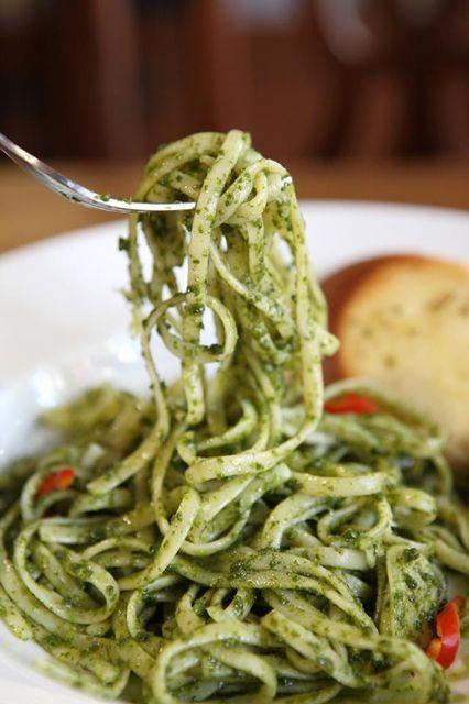 16 NYC restaurants that NEVER fail