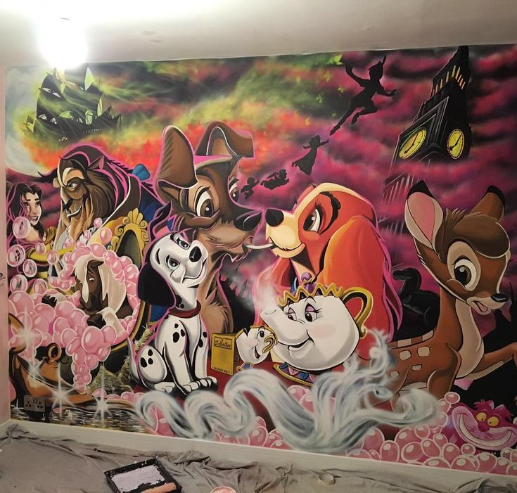This Artist Dad Painted A Huge Disney Mural For His Daughter's Dream Bedroom