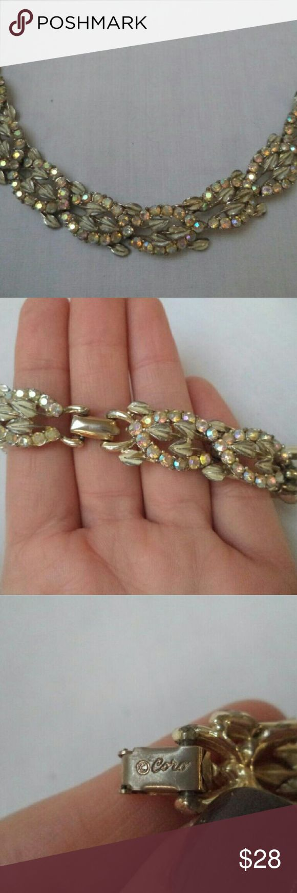 VINTAGE ESTATE GOLD TONE SIGNED CORO RHINESTONE VINTAGE ESTATE GOLD TONE SIGNED CORO RHINESTONE BRACELET!!!  Family heirloom. Only one I have in gold tone.  No trades please Coro Jewelry Bracelets