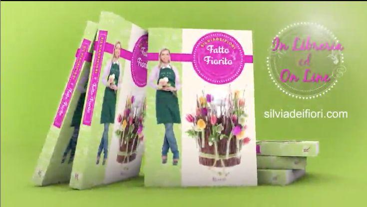 Silviadeifiori ci conduce nel suo coloratissimo mondo per mostrarcila delicata bellezza dei fiori. Tante idee, spiegate in pochi semplici passi, per rendere speciali e fiorite tutte le occasioni, raccolte nel libro Fatto e Fiorito. Acquistalo nella sezione SHOP.