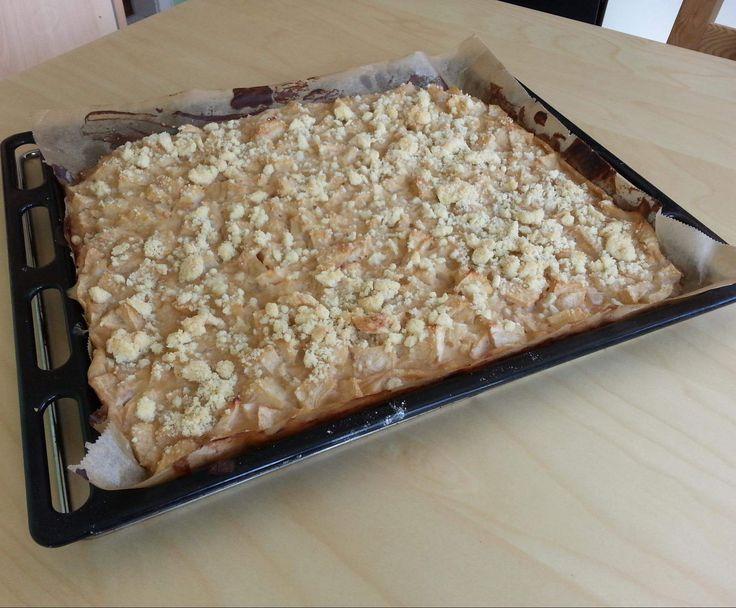 Rezept Apfelkuchen mit Schmand und Streuseln von jazzi1508 - Rezept der Kategorie Backen süß