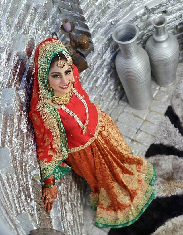 Indian & Pakistani Ghagra Choli Designs Collection
