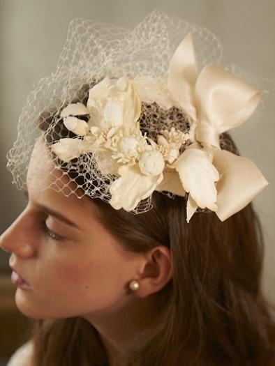CA4LA Bridal (カシラブライダル) ドングリ×リーフモチーフ ヘッドドレス - ウエディングドレスやアクセサリー、ブーケの通販|Cli'O mariage Online Store(クリオマリアージュオンラインストア)