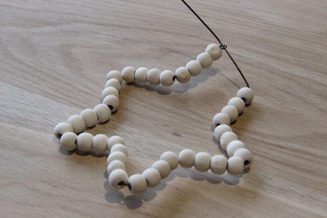 Créer une étoile en perle de bois | Idée Créative