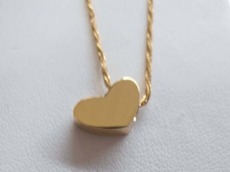 En este mes del amor y la amistad tenemos hermosos detalles para la persona que mas quieres detalles en plata, perlas, precolombinos, oro; visitanos y compra tu regalo