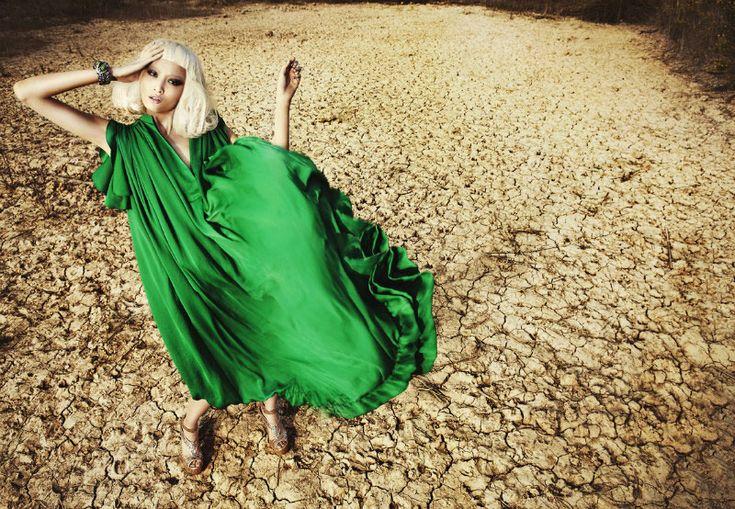 .Liu Xu, Bridesmaid Dresses, Green, Candies, Latest Issues, Fashion Editorial, Metals Magazines, Heavens, The Moon
