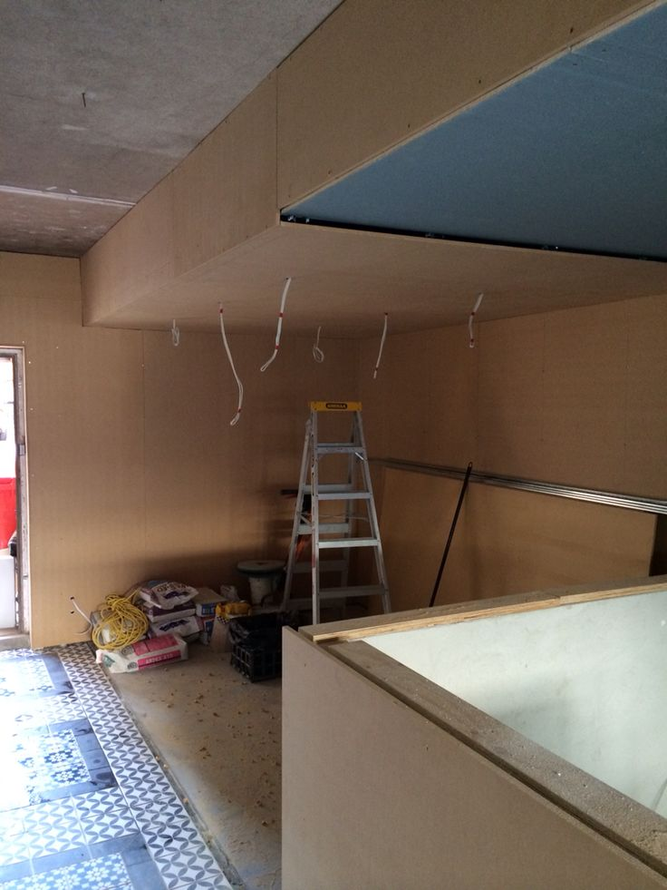 Install of ceiling and wall lining supports. Mobius Build | Benson Studio