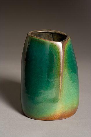 contemporary ceramic artist Jim Webb. [very interesting break in the glaze, nice colour transition]