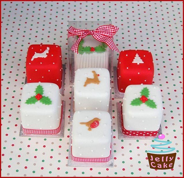 Mini Christmas Cakes by www.jellycake.co.uk, via Flickr
