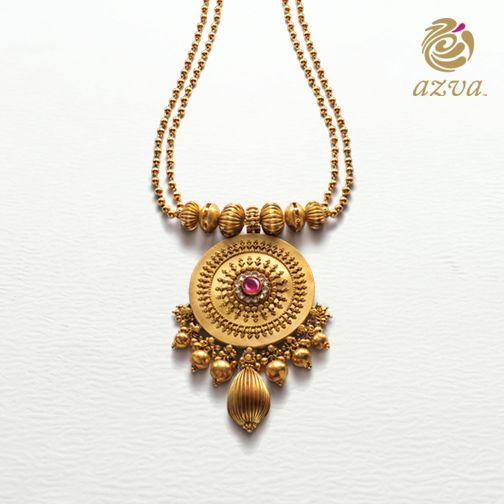 This #Azva necklace, made from 22 carat gold, is something that every #BeautifulBride should possess. #WeddingVows #BridalGold