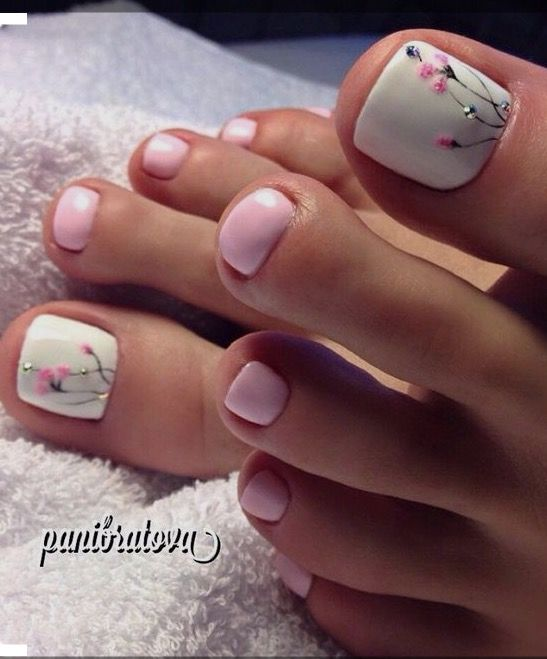 Unhas pés decorado